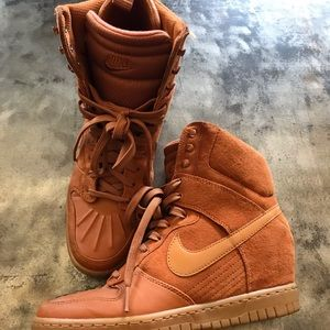 Nike Dunk High Sneakers boots Size 7.5